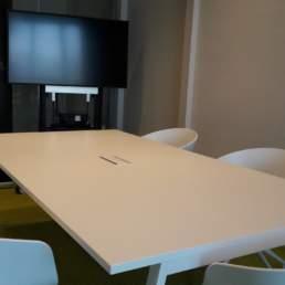 Réservez un espace - Salle de réunion R+1